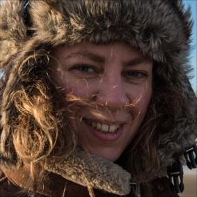 Laure Meyer est la chargé ede production du spectacle de la compagnie equinote face cachée