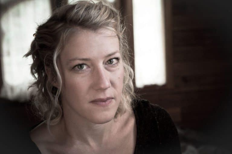 Marie Molliens est la metteure en scène du spectacle face cachée de la compagnie equinote.
